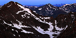 /images/133/2007-06-30-evans-bier04-pano.jpg - #04082: Mt Bierstadt (14,060 ft) on the left continuing into The Sawtooth on the right … view from Mt Evans … June 2007 -- Mt Bierstadt, Colorado