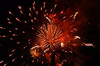 /images/133/2007-07-04-lone-fireworks02.jpg - #04113: Independence Day Fireworks - 4th of July in Lone Tree … July 2007 -- Sweetwater Park, Lone Tree, Colorado