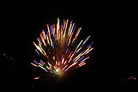 /images/133/2007-07-04-lone-fireworks03.jpg - #04114: Independence Day Fireworks - 4th of July in Lone Tree … July 2007 -- Sweetwater Park, Lone Tree, Colorado