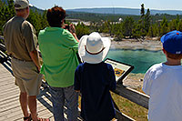 /images/133/2007-07-21-y-kepler-emer01.jpg - #04249: Family looking at Emerald Spring in Kepler Cascades … July 2007 -- Kepler Cascades, Yellowstone, Wyoming