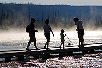 /images/133/2007-07-21-y-mid-walk-peopl.jpg - #04272: People near Grand Prismatic Spring … July 2007 -- Lower Geyser Basin, Yellowstone, Wyoming
