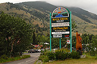/images/133/2007-07-26-mt-bear-resort.jpg - #04396: Rock Creek Resort along Beartooth Pass Highway … July 2007 -- Beartooth Pass(MT), Montana