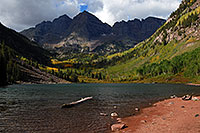 /images/133/2007-09-15-mar-lake-3315.jpg - #04659: Maroon Lake in front of Maroon Bells … Sept 2007 -- Maroon Lake, Maroon Bells, Colorado