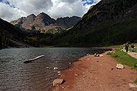 /images/133/2007-09-15-mar-ppl-3363.jpg - #04662: People at Maroon Bells … Sept 2007 -- Maroon Lake, Maroon Bells, Colorado