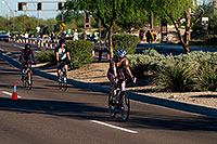 /images/133/2008-11-23-ironman-bike-54271.jpg - #06198: 08:45:16 into the race - Bike at Arizona Ironman 2008 … November 2008 -- Rio Salado Parkway, Tempe, Arizona