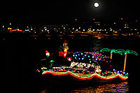/images/133/2008-12-13-tempe-lights-boats-63357m.jpg - #06442: Boat #32 - APS Fantasy of Lights Boat Parade … December 2008 -- Tempe Town Lake, Tempe, Arizona