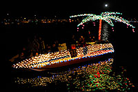 /images/133/2008-12-13-tempe-lights-boats-63605.jpg - #06443: Boat #33 - APS Fantasy of Lights Boat Parade … December 2008 -- Tempe Town Lake, Tempe, Arizona