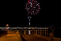 /images/133/2009-01-01-tempe-fireworks-70732.jpg - #06731: New Year`s Fireworks at Tempe Town Lake … January 2009 -- Tempe Town Lake, Tempe, Arizona