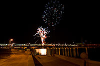 /images/133/2009-01-01-tempe-fireworks-70762.jpg - #06732: New Year`s Fireworks at Tempe Town Lake … January 2009 -- Tempe Town Lake, Tempe, Arizona