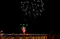 /images/133/2009-01-01-tempe-fireworks-70889.jpg - #06733: New Year`s Fireworks at Tempe Town Lake … January 2009 -- Tempe Town Lake, Tempe, Arizona