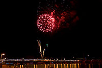 /images/133/2009-01-01-tempe-fireworks-71002.jpg - #06739: New Year`s Fireworks at Tempe Town Lake … January 2009 -- Tempe Town Lake, Tempe, Arizona