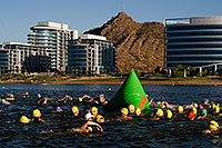 /images/133/2009-05-07-tempe-splash-swim-102678.jpg - 07386: 00:03:24 into the race - Splash and Dash Spring #4, May 7, 2009 at Tempe Town Lake … May 2009 -- Tempe Town Lake, Tempe, Arizona