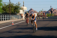 /images/133/2009-09-27-nathan-tri-cycle-114264.jpg - #07473: 01:49:16 - Cyclists at Nathan Triathlon … September 2009 -- Tempe Town Lake, Tempe, Arizona