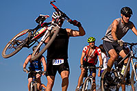 /images/133/2009-10-11-pbr-off-tri-bike-115547.jpg - #07550: 01:03:37 mountain bikers dismounting or not at a steep downhill - PBR Offroad Triathlon, Oct 11, 2009 … October 2009 -- Papago Park, Tempe, Arizona