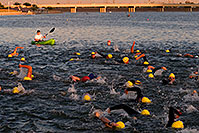 /images/133/2009-10-22-tempe-splash-swim-117573.jpg - #07604: 00:01:48 into the race - Splash and Dash Fall #3, Oct 8, 2009 at Tempe Town Lake … October 2009 -- Tempe Town Lake, Tempe, Arizona