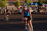 /images/133/2009-10-25-soma-bike-118262.jpg - #07613: 01:02:26 #1032 starting 56 mile cycling stage at Soma Triathlon … October 25, 2009 -- Rio Salado Parkway, Tempe, Arizona