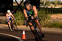 /images/133/2009-10-25-soma-bike-118333.jpg - #07624: 01:07:04 #346 cycling at Soma Triathlon … October 25, 2009 -- Rio Salado Parkway, Tempe, Arizona