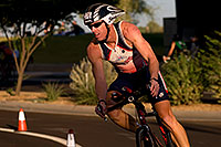 /images/133/2009-10-25-soma-bike-118350.jpg - #07625: 01:08:00 #376 cycling at Soma Triathlon … October 25, 2009 -- Rio Salado Parkway, Tempe, Arizona