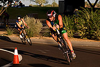 /images/133/2009-10-25-soma-bike-118360.jpg - #07627: 01:08:14 #568 cycling at Soma Triathlon … October 25, 2009 -- Rio Salado Parkway, Tempe, Arizona