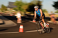 /images/133/2009-10-25-soma-bike-118515b.jpg - #07643: 01:22:13 #584 cycling at Soma Triathlon … October 25, 2009 -- Rio Salado Parkway, Tempe, Arizona