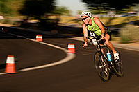 /images/133/2009-10-25-soma-bike-118536.jpg - #07644: 01:23:19 cycling at Soma Triathlon … October 25, 2009 -- Rio Salado Parkway, Tempe, Arizona