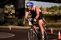 /images/133/2009-10-25-soma-bike-118881.jpg - #07654: 01:55:42 #1112 cycling at Soma Triathlon … October 25, 2009 -- Rio Salado Parkway, Tempe, Arizona
