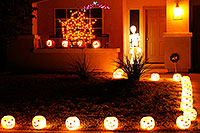 /images/133/2009-11-01-chandler-halloween-120709.jpg - #07775: Halloween in Chandler … October 2009 -- Chandler, Arizona