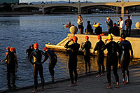 /images/133/2009-11-14-tempe-splash-121659.jpg - #07842: 1 minute before start - Splash and Dash Fall #5, Nov 14, 2009 at Tempe Town Lake … November 2009 -- Tempe Town Lake, Tempe, Arizona