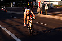 /images/133/2009-11-22-ironman-bike-122992.jpg - #07861: 00:58:37 #27 on a 112 mile bike course - Ironman Arizona 2009 … November 2009 -- Rio Salado Parkway, Tempe, Arizona