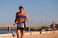 /images/133/2009-11-22-ironman-run-126774.jpg - #07933: 07:55:01 #2734 running - Ironman Arizona 2009 … November 2009 -- Tempe Town Lake, Tempe, Arizona