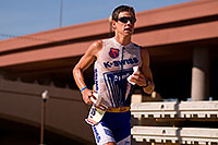 /images/133/2009-11-22-ironman-run-pro-126554.jpg - #07947: 06:10:11 #18 running - Ironman Arizona 2009 … November 2009 -- Tempe Town Lake, Tempe, Arizona