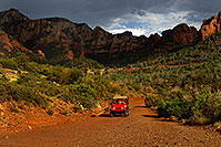 /images/133/2010-07-11-sedona-views-15942.jpg - #08227: Red Jeep in Sedona … July 2010 -- Schnebly Hill, Sedona, Arizona