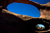 /images/133/2010-09-11-arches-doubleo-32976.jpg - #08647: People at Double O Arch in Arches National Park … September 2010 -- Double O Arch, Arches Park, Utah