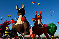/images/133/2010-10-07-abq-balloon-fiesta-38935.jpg - #08812: Balloon Fiesta in Albuquerque, New Mexico … October 2010 -- Albuquerque, New Mexico