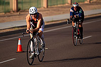 /images/133/2010-11-21-ironman-bike-44113.jpg - #08895: 01:39:35 - #185 cycling - Ironman Arizona 2010 … November 2010 -- Rio Salado Parkway, Tempe, Arizona