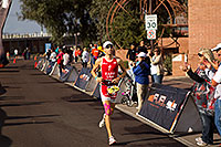 /images/133/2010-11-21-ironman-finish-45930.jpg - #08914: 08:15:27 - #1 Jordan Rapp [4th,USA,08:16:45] finishing fourth - Ironman Arizona 2010 … November 2010 -- Rio Salado Parkway, Tempe, Arizona