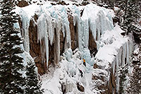 /images/133/2011-01-09-ouray-climbers-48335.jpg - #09036: Ice climbing by Ouray … January 2011 -- Ouray, Colorado