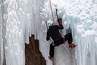 /images/133/2011-01-09-ouray-climbers-48542.jpg - #09049: Ice climbing by Ouray … January 2011 -- Ouray, Colorado