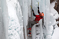 /images/133/2011-01-09-ouray-climbers-48715.jpg - #09054: Ice climbing by Ouray … January 2011 -- Ouray, Colorado