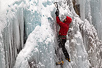 /images/133/2011-01-09-ouray-climbers-48851.jpg - #09056: Ice climbing by Ouray … January 2011 -- Ouray, Colorado