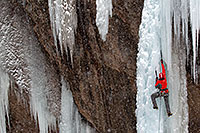 /images/133/2011-01-09-ouray-climbers-48935.jpg - #09057: Ice climbing by Ouray … January 2011 -- Ouray, Colorado