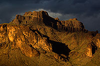 /images/133/2011-05-18-supers-dark-70884.jpg - #09198: Evening in Superstitions … May 2011 -- Superstitions, Arizona