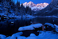 /images/133/2011-10-27-maroon-sunrise-snowy-109319.jpg - #09673: Snowy sunrise in Maroon Bells, Colorado … October 2011 -- Maroon Bells, Colorado