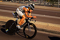 /images/133/2011-11-20-ironman-bike-pros-122105.jpg - #09770: 02:18:02 - #54 Sebastian Kienle [DEU] (eventual 6th place in 08:19:29) at start of Lap 2 - Ironman Arizona 2011 … November 2011 -- Rio Salado Parkway, Tempe, Arizona
