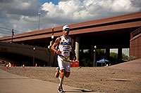 /images/133/2011-11-20-ironman-run-pros-d3s-2538.jpg - #09812: 05:50:53 - #23 Eneko Llanos [SPA] (leader, eventual winner in 07:59:38) in  Lap 1 - Ironman Arizona 2011 … November 2011 -- Tempe, Arizona