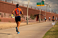 /images/133/2011-11-20-ironman-run-pros-d3s-2686.jpg - #09829: 06:40:49 - #78 Erika Csomor [HUN] (eventually DNF) - Ironman Arizona 2011 … November 2011 -- Tempe, Arizona
