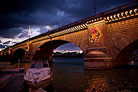 /images/133/2011-12-16-havasu-bridge-1ds3-0153.jpg - #09871: Evening at London Bridge in Lake Havasu City … December 2011 -- London Bridge, Lake Havasu City, Arizona