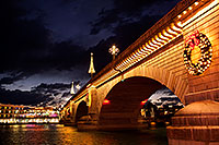 /images/133/2011-12-16-havasu-bridge-1ds3-0195.jpg - 09878: Evening at London Bridge in Lake Havasu City … December 2011 -- London Bridge, Lake Havasu City, Arizona