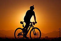 /images/133/2012-01-07-papago-bikes-sunset-136732.jpg - #09950: 10:14:43 #424 mountain biking at sunset at 12 Hours of Papago 2012 … January 7, 2012 -- Papago Park, Tempe, Arizona