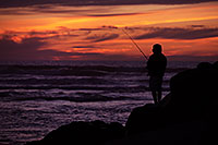 /images/133/2012-12-28-ca-carlsbad-sunset-12536.jpg - #10550: Fishing at sunset by Carlsbad, California … December 2012 -- Carlsbad, California